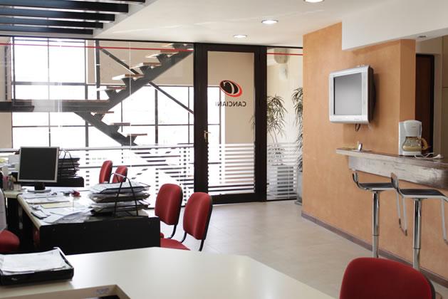 Nuestra infraestructura canciani carne vacuna natural for Diseno de oficinas administrativas